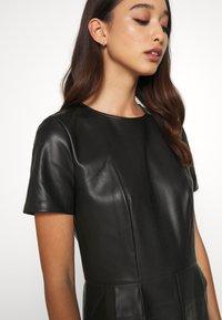 ONLY - ONLURSA DIONNE DRESS - Denní šaty - black - 5