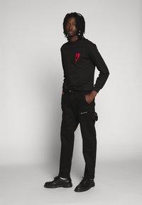 Nominal - COLLIER PANT - Džíny Straight Fit - black - 1