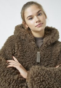 PULL&BEAR - Winter jacket - mottled brown - 2