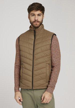 LIGHT WEIGHT - Waistcoat - light brown