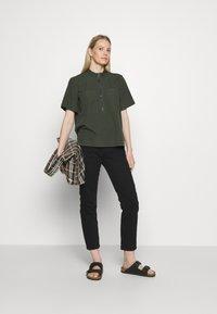 edc by Esprit - CORE BEST - Bluser - khaki green - 1