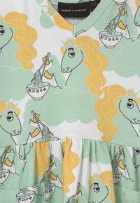 Mini Rodini - UNICORN NOODLES - Jerseykleid - green - 2