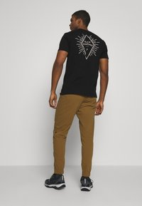 Black Diamond - CIRCUIT PANTS - Bukse - dark curry - 2