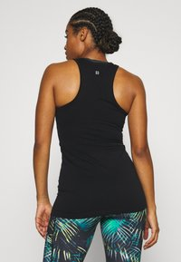 Sweaty Betty - ATHLETE SEAMLESS WORKOUT - Top - black - 2