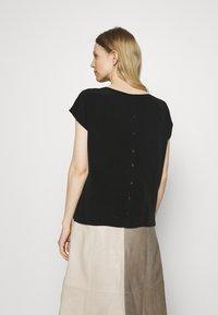 Opus - SALMI - Print T-shirt - black - 2