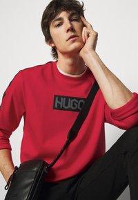 HUGO - DUBESHI  - Sweatshirt - open pink - 3