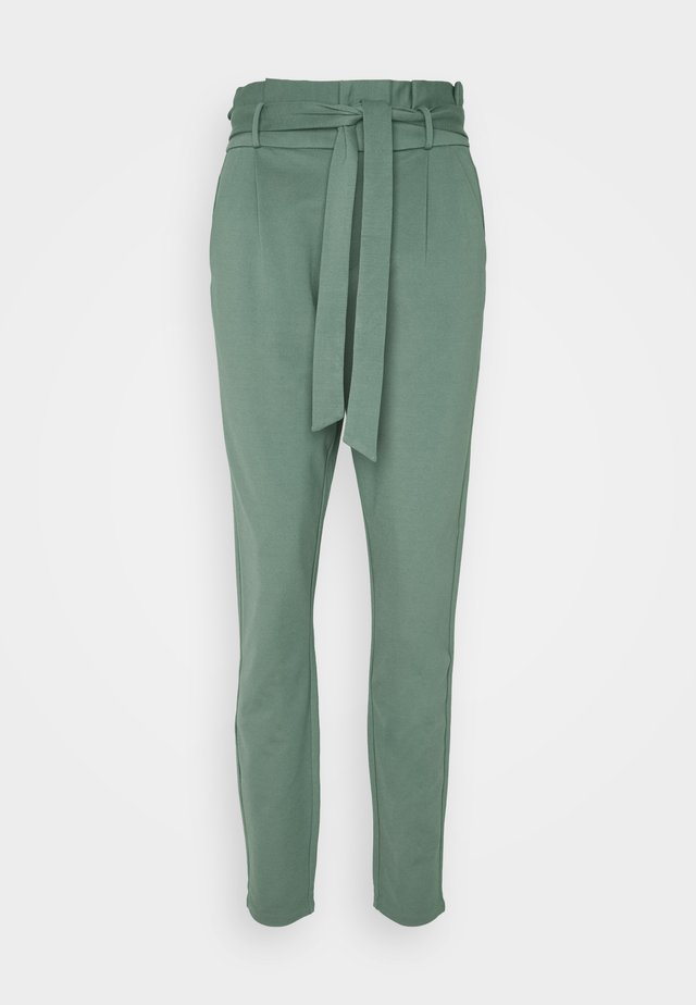 VMEVA PAPERBAG PANT - Pantalon classique - laurel wreath