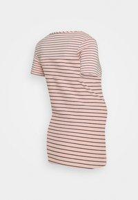 Noppies - DILLON - Print T-shirt - rose tan - 1