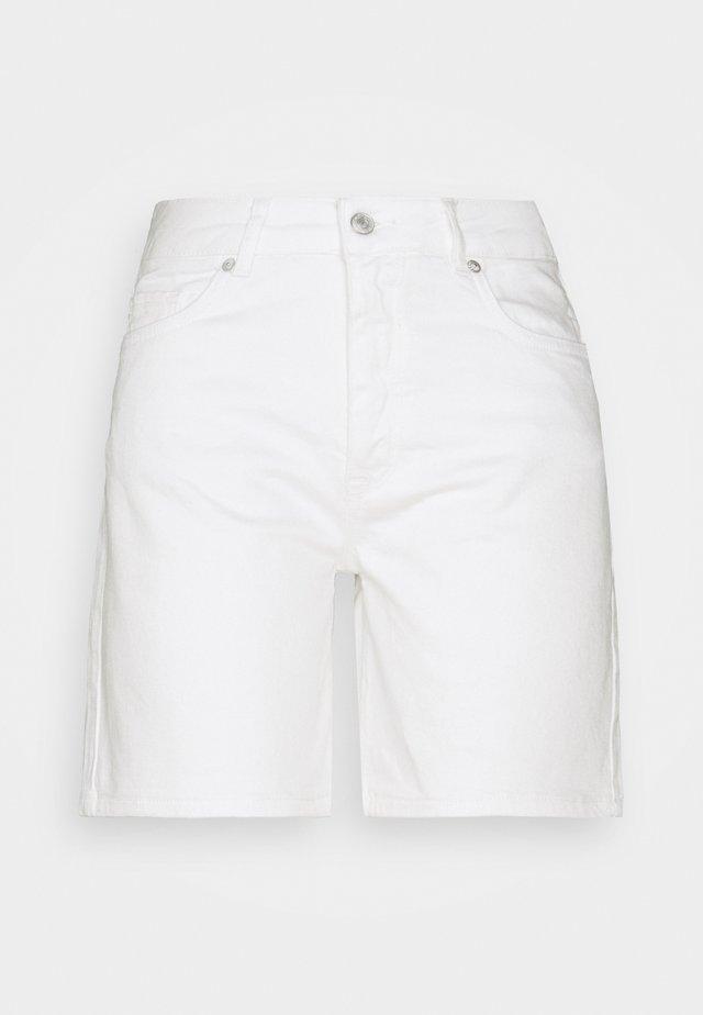 SLFSILLA - Denim shorts - white denim