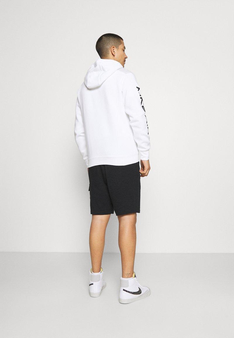 Nike Sportswear - Shorts - black//black oxidized