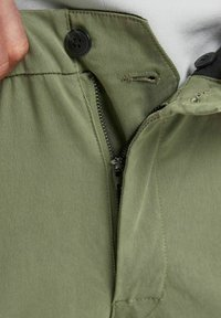 Jack & Jones - Cargo trousers - deep lichen green - 4