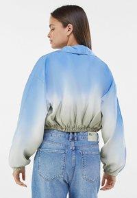 Bershka - Light jacket - khaki - 2