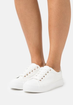 VIOLETT - Trainers - white
