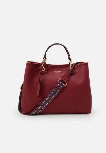 SET - Shopping bag - red wine