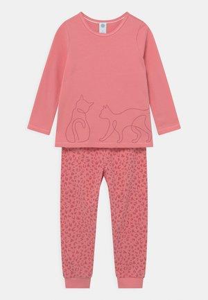 Pyjama set - rose cream