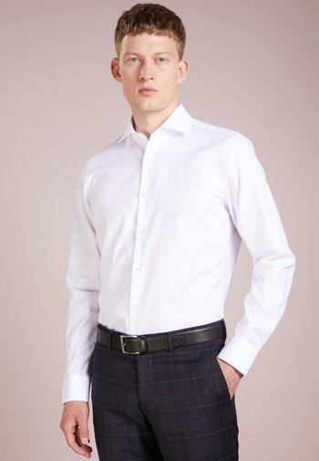 PANKO - Formal shirt - weiß
