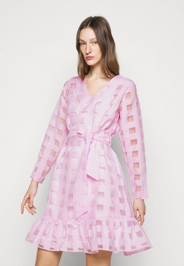 DRESS - Robe d'été - violette