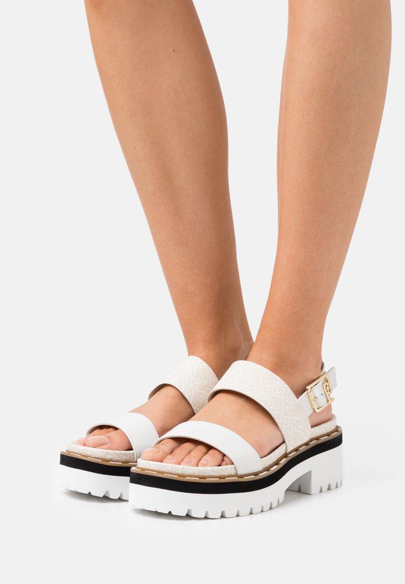 Liu Jo Jeans - SUMMER - Sandály na platformě - white/milk