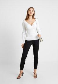 Morgan - MUG - Pullover - off white - 1