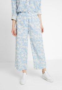 Moss Copenhagen - GRO CULOTTE - Trousers - blue - 0