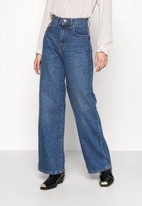 ONLY - ONLHOPE LIFE - Jean bootcut - medium blue denim - 0
