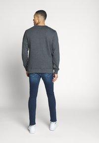 Vans - Stickad tröja - black heather - 2