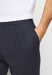 HUGO - HESTEN - Kostymbyxor - medium blue - 3