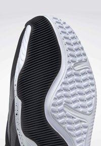 Reebok - REEBOK HIIT SHOES - Sneakers - black - 8