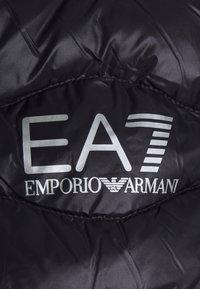 EA7 Emporio Armani - Vesta - black - 2