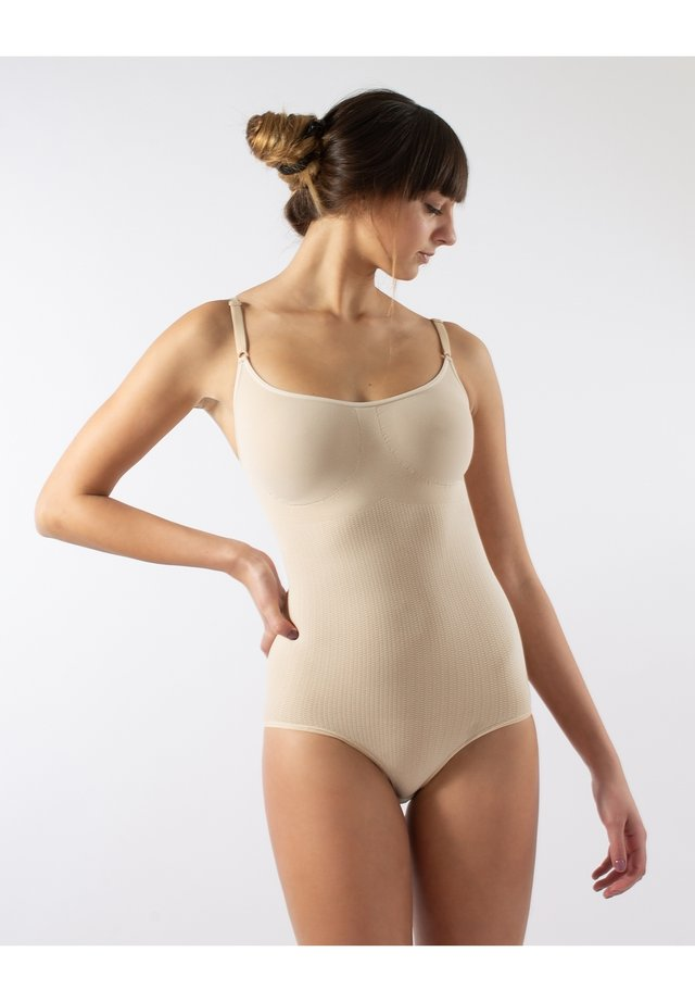 Body - nude