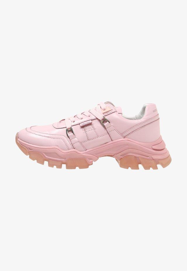 Sneakersy niskie - beige, pink, white