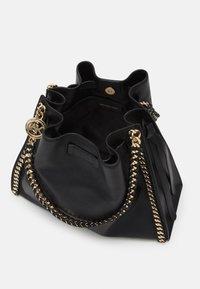 MICHAEL Michael Kors - MINA CHAIN TOTE - Handbag - black - 3