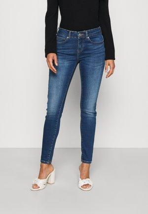 NMLUCY - Jeans Skinny Fit - medium blue denim