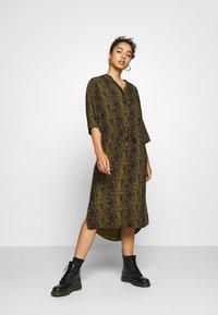 Soaked in Luxury - ZAYA DRESS - Day dress - olive - 0