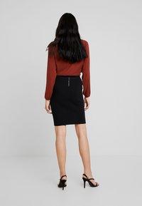Vero Moda - VMFRESNO PENCIL SKIRT - Pencil skirt - black - 2