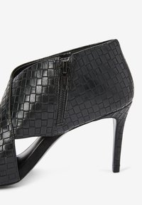 Next - Classic ankle boots - black - 3