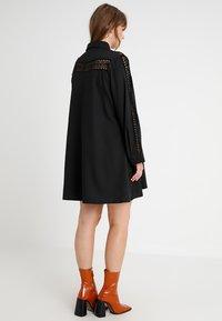 Glamorous Curve - INSERT DRESS - Skjortekjole - black - 3