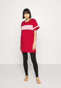 Diesel - UFTEE-CHEERLY T-SHIRT - Nightie - red/rosa - 1