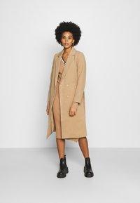 Morgan - MULLY - Jumper dress - camel - 1