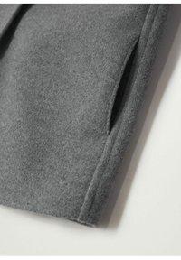Mango - JAS MET CAPUCHON EN KNOPEN - Short coat - grijs - 3