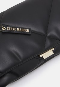 Steve Madden - BCOBBLE - Clutch - black - 3