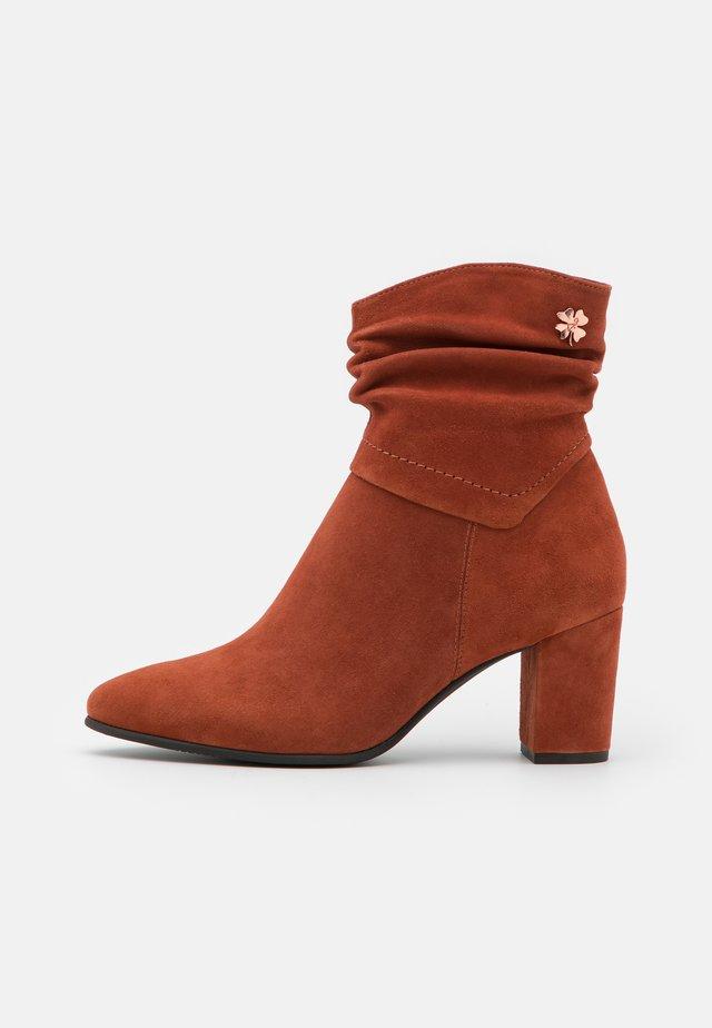 Korte laarzen - brick