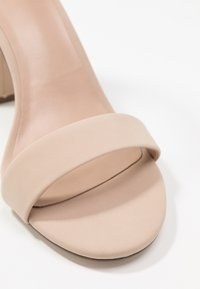 Call it Spring - TAYVIA  - Korolliset sandaalit - bone - 2