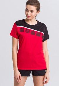 Erima - Print T-shirt - red/black/white - 0