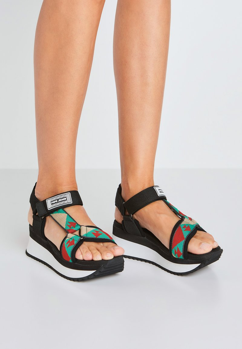 Pepe Jeans - FUJI ETHNIC - Sandały na platformie - middle green