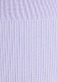 Cotton On Body - SEAMFREE STRAIGHT NECK CROP HI CUT BRASILIANO SET - Bustier - chalky lavender - 5
