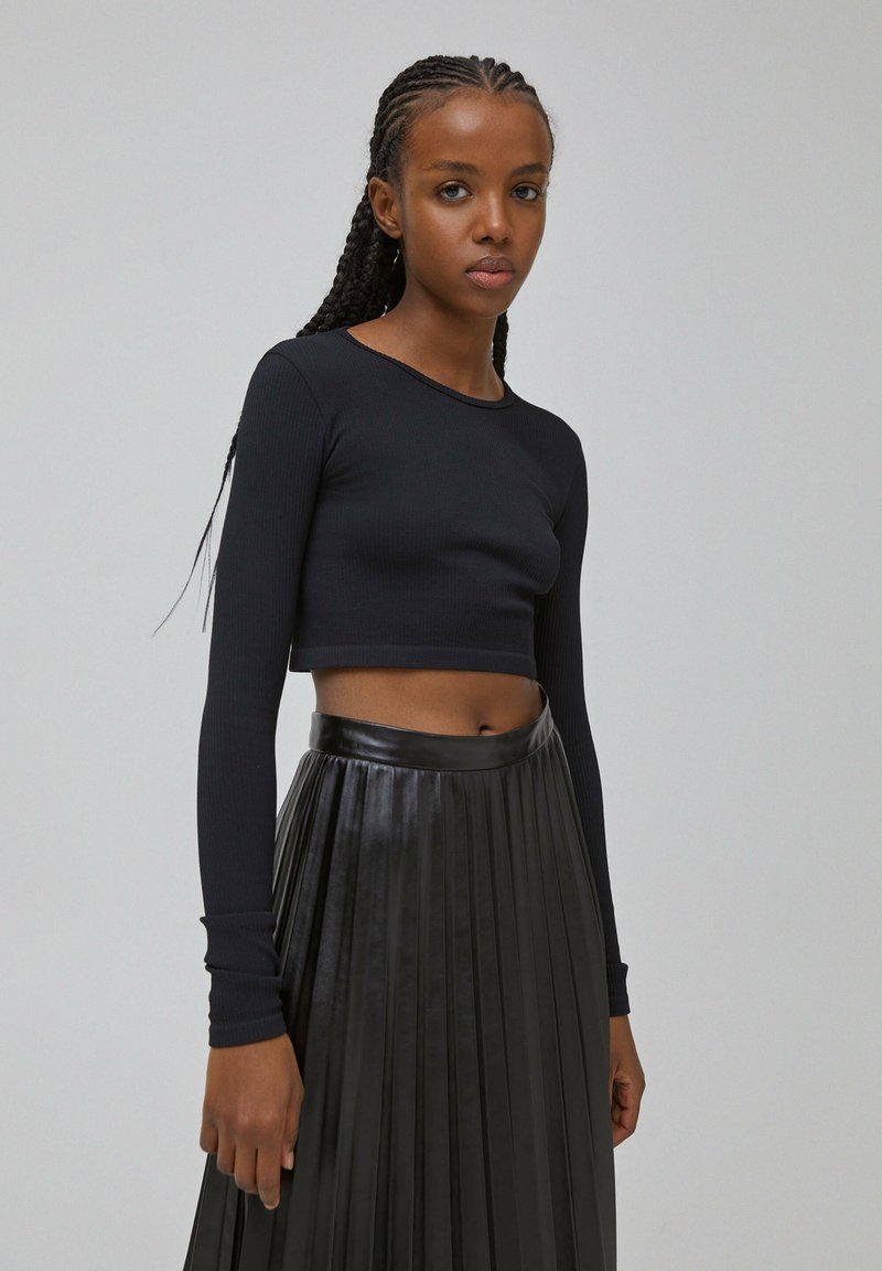 PULL&BEAR - Long sleeved top - black
