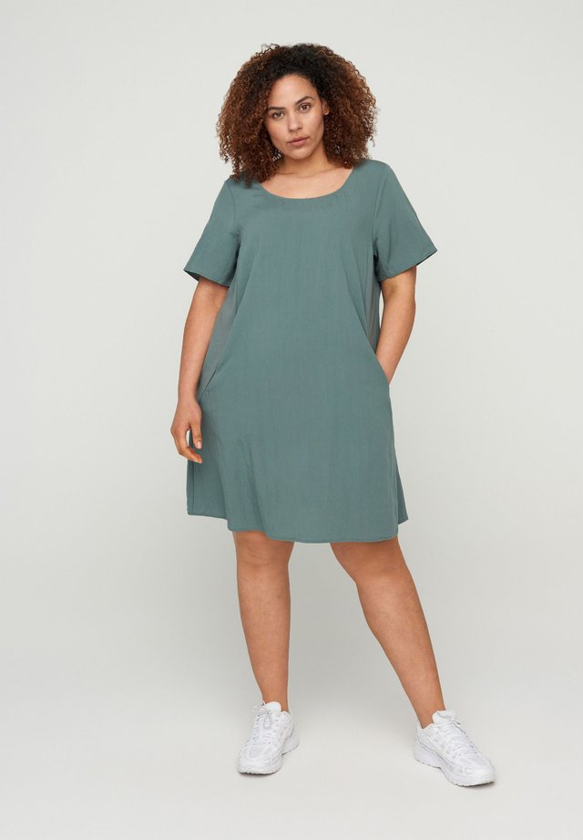 MIT TASCHEN - Sukienka letnia - balsam green