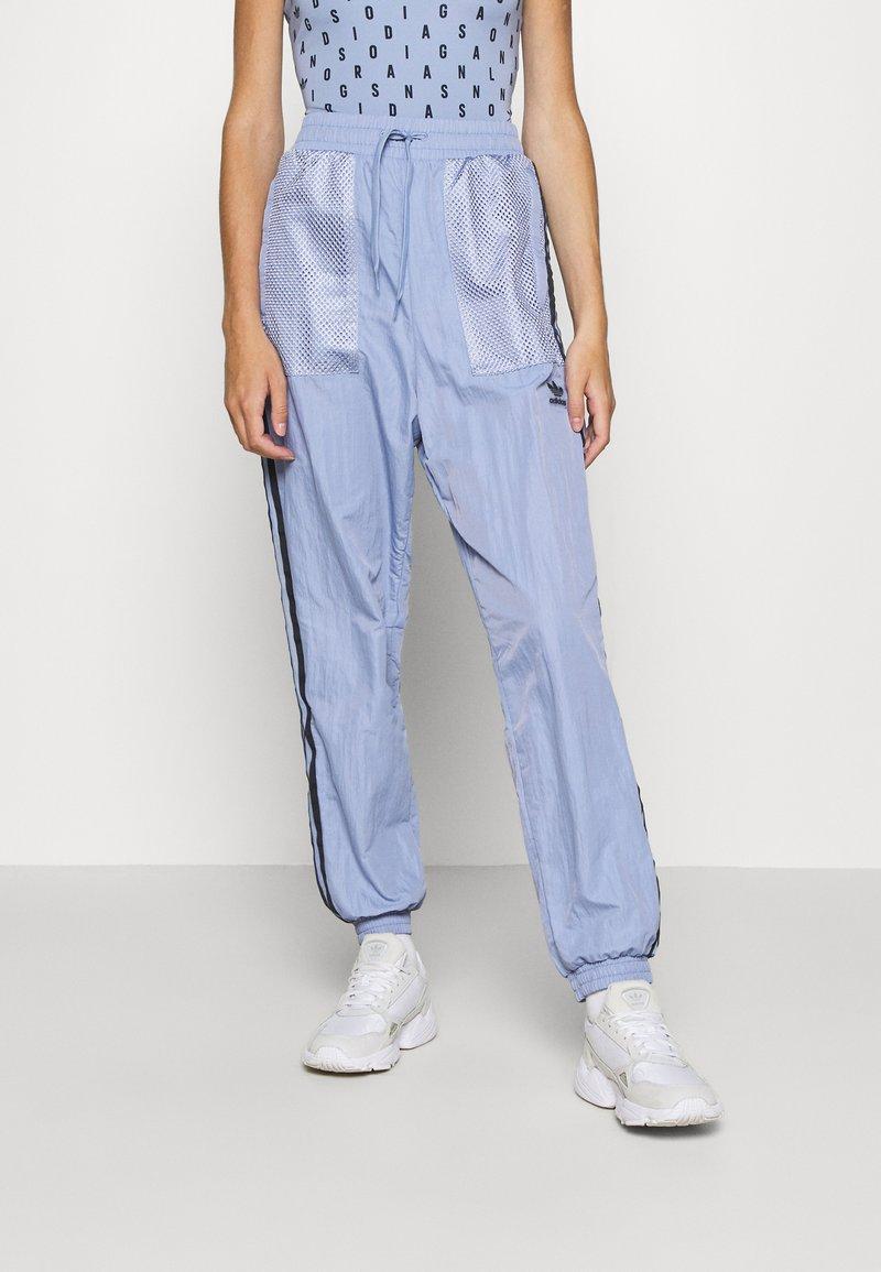 adidas Originals - SPORTS INSPIRED PANTS - Tracksuit bottoms - chalk blue