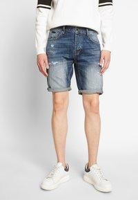 Antony Morato - SLIMBAART - Jeans Short / cowboy shorts - denim blue - 0